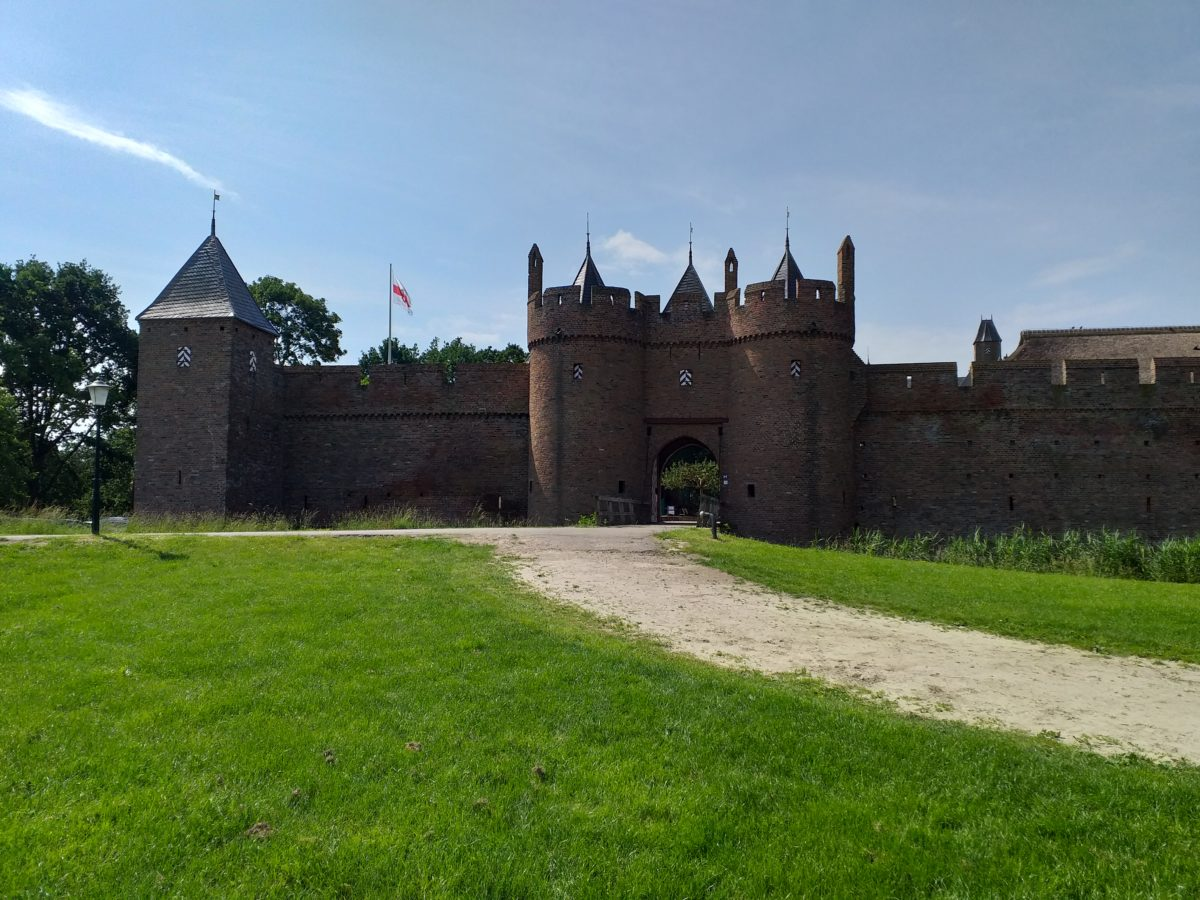 (FOTO & VIDEO) Bezoekje aan Kasteel Doornenburg